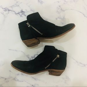 Sam Edelman black suede booties size 11